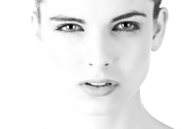 Dobry krem pod oczy – jaki wybrać?
